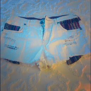 Free people tribal white denim ripped shorts sz 31